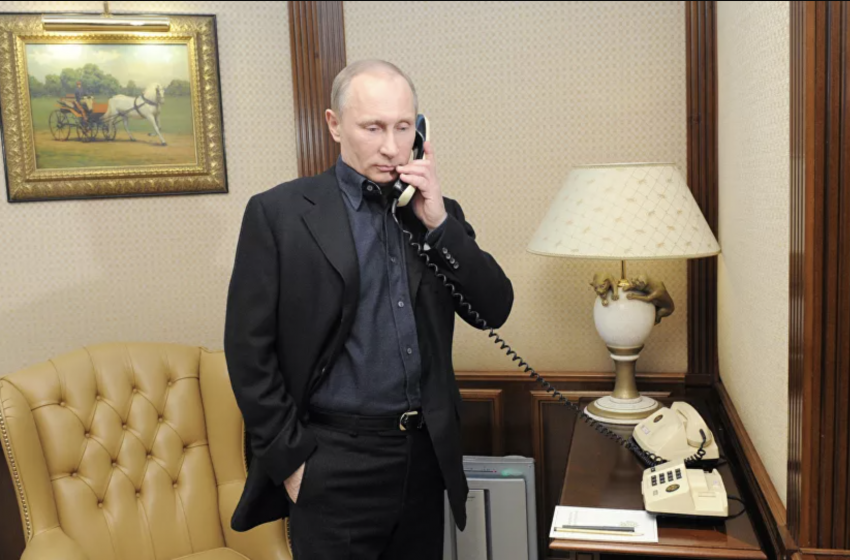 Putin's Press Secretary Shares 'Secrets' Of Russian President's Special Communications Phone