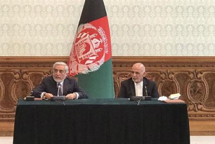 Don't Repeat Mistakes, Says Top U.S. Negotiator As Ghani, Abdullah Sign Power-Sharing Deal