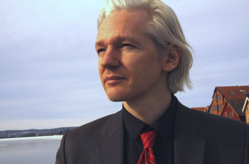 No Extradition For Julian Assange But What About A US Pardon?